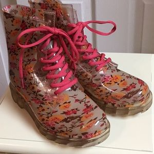 Floral spring boots - like new!